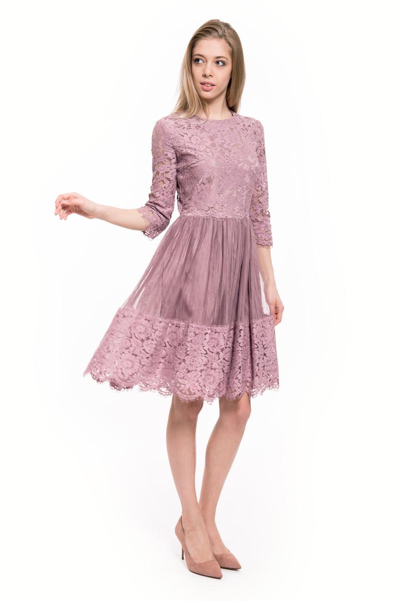 Платье Lusio, цвет: розовый. AW18-020059. Размер S (42/44)AW18-020059Стильное платье Lusio изготовлено из полиамида с добавлением хлопка. Кружевная модель длины миди с рукавами 3/4 и широким подолом. Платье застегивается сзади на молнию.