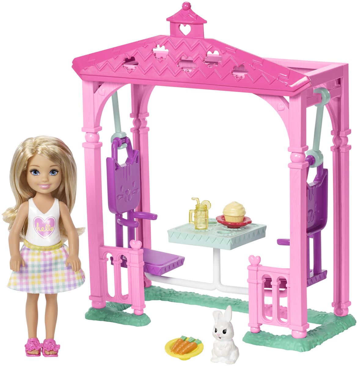 Barbie Игровой набор с куклой Челси и набор мебели
