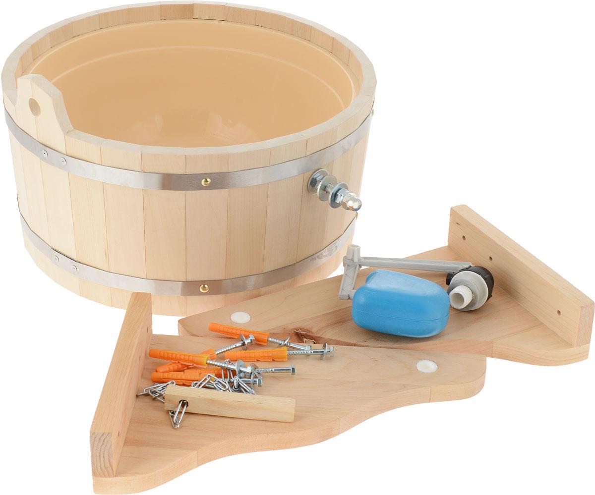 """Обливное устройство """"Невский банщик"""" превосходно дополнит банную процедуру! Такое   устройство позволит вам принимать контрастный душ после парной, который создаст у вас   ощущение бодрости, свежести, зарядит хорошим настроением, поможет закалить организм   и повысить иммунитет. Обливное устройство выполнено из деревянных шпунтованных клепок, стянутых двумя   обручами из нержавеющей стали. Для изготовления клепок использовалась натуральная   древесина липы.  В комплект также входит выпускной клапан, который поможет вам   регулировать поступление воды.  Соединение обливного устройства осуществляется   гибким шлангом (не входит в комплект) от водопровода или другого источника воды через   хвостовик впускного клапана. Специальный шнур позволяет с удобством пользоваться   обливным устройством. Обливное устройство может монтироваться как к стенам, так и к потолку помещения   (система крепления входит в комплект).   Характеристики:   Материал: дерево (липа), пластик, нержавеющая сталь. Диаметр обливного устройства по верхнему краю:  39,5 см. Высота стенки обливного устройства:  19 см. Толщина стенки обливного устройства:  1,5 см. Объем:  10 л. Размер кронштейна (2 шт):  35 см х 29,5 см х 2 см. Производитель:  Россия."""