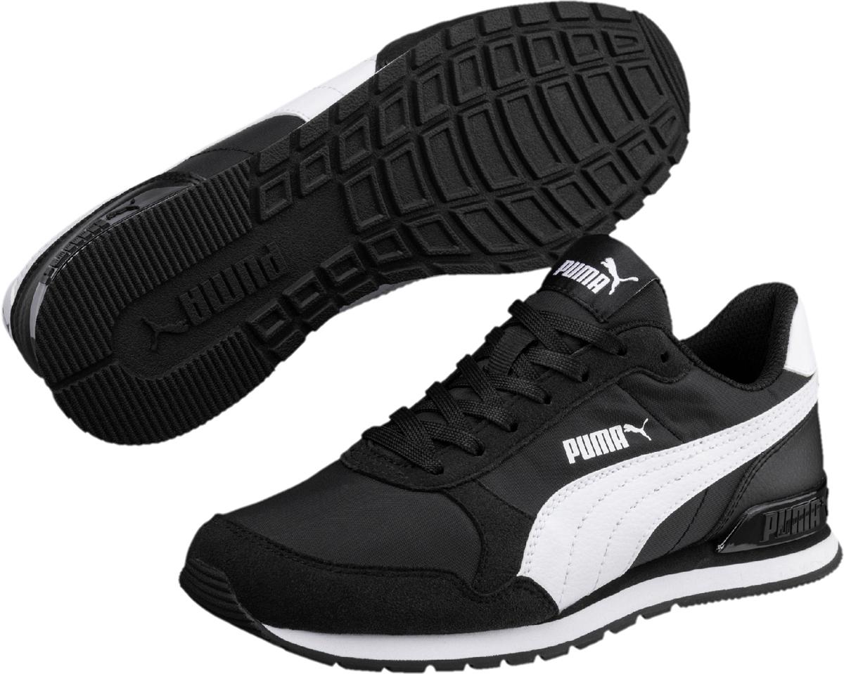 Кроссовки детские Puma ST Runner v2 NL Jr, цвет: черный. 36529301. Размер 5 (37)36529301Классический силуэт легендарной модели ST Runner никогда не выйдет из моды. В варианте ST Runner v2 NL предусмотрен сплошной резиновый накат на внешнюю подошву, чтобы нога не проскальзывала, и кроссовки носились дольше. Фигурный задник не только придает модели своеобразие, но и надежно фиксирует пятку. Традиционный нейлоновый верх с фирменной боковой полосой из натуральной кожи соответствует эксклюзивному стилю ST Runner.