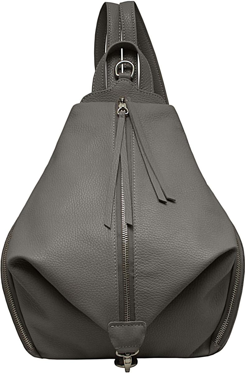 Удобный эргономичный рюкзак оригинальной формы. Внутри имеется карман на молнии. Два больших кармана по бокам и на задней стенке карман на молнии. Лямки регулируются по длине до 65 см.