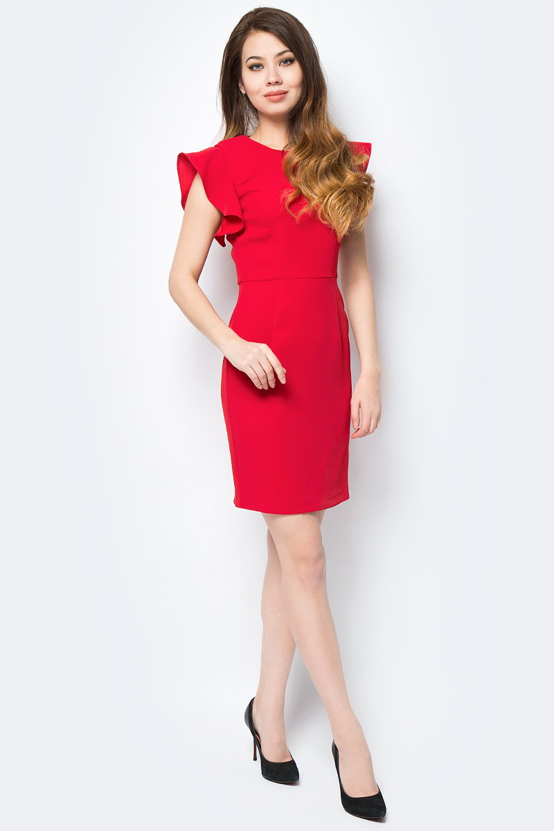 Платье adL, цвет: красный. 12432202001_006. Размер L (46/48)12432202001_006Яркое платье adL поможет создать стильный образ и привлечь внимание окружающих. Модель приталенного кроя с круглым вырезом горловины и рукавами-крылышками застегивается на скрытую молнию на спинке. Мягкая ткань на основе полиэстера приятна на ощупь и комфортна в носке. Модель подойдет для офиса и дружеских встреч и сделает ваш образ неповторимым.