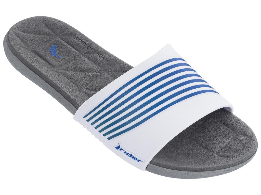 Шлепанцы женские Rider Resort Fem, цвет: серый, белый, синий. 82207-22214. Размер 38 (37)82207-22214Модный слайд в спортивном стиле, невероятно комфортный, с элегантным верхом в контрастную полоску и ультра-мягкой стелькой Soft Dry Foam.