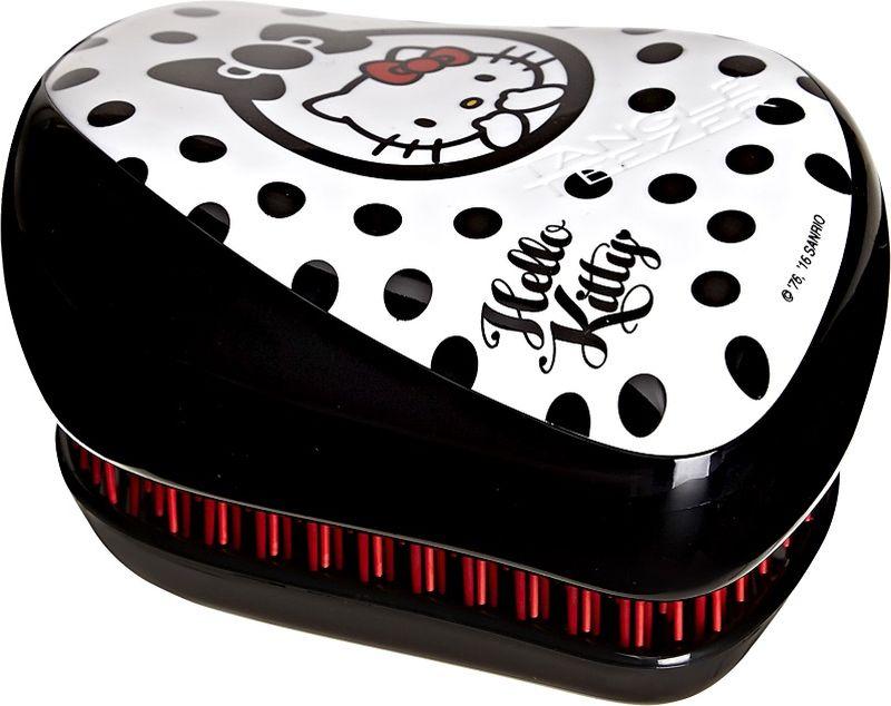 Tangle Teezer РасческаCompact Styler Hello Kitty Black370862Hello Kitty - культовый персонаж известного мультфильма - украшает и расчёску Tangle Teezer в модели Compact Stlyer! Черно-белый дизайн в принтом с горошек оценят поклонники минимализма. Расчёска будет с вами, где бы вы ни находились! Благодаря компактной форме эта расчёска поместится в любую сумочку, а плотно прилегающая крышка защитит расчёску от пыли и повреждений. Эргономичная форма позволяет легко расчёсывать как сухие, так и влажные волосы. Благодаря уникальному строению зубчиков, расчёска мягко скользит по волосам, не повреждая и не травмируя их. После использования расчёски волосы приобретают здоровый вид и блеск, становясь гладкими и шелковистыми.
