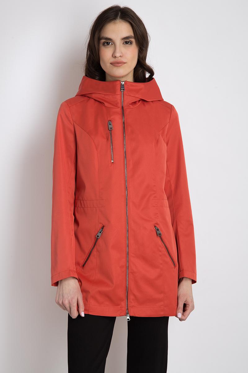 Куртка женская Finn Flare, цвет: алый. B18-12019_328. Размер S (44)B18-12019_328Удобная женская куртка Finn Flare согреет вас в прохладную погоду и позволит выделиться из толпы. Удлиненная модель с длинными рукавами выполнена из прочного полиэстера, застегивается на молнию спереди. Куртка имеет воротник-стойку и несъемный капюшон. Дополнено тремя прорезными карманами на молнии.Эта модная и в то же время комфортная куртка - отличный вариант для прогулок, она подчеркнет ваш изысканный вкус и поможет создать неповторимый образ.