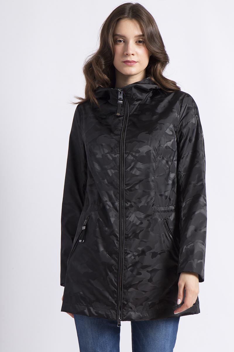 Куртка женская Finn Flare, цвет: черный. B18-12083_200. Размер XL (50)B18-12083_200Эта легкая куртка Finn Flare прекрасно подойдет для непредсказуемой погоды в демисезон благодаря своему износостойкому материалу. С помощью кулиски на талии можно отрегулировать подходящую форму. Застежка-молния, проходящая вплоть до подбородка, а также большой капюшон защитят от ветра, в то время как два боковых кармана на молниях очень практичны. Куртка прекрасно комбинируется со многими вещами гардероба и станет Вашим надежным спутником в любой ситуации.