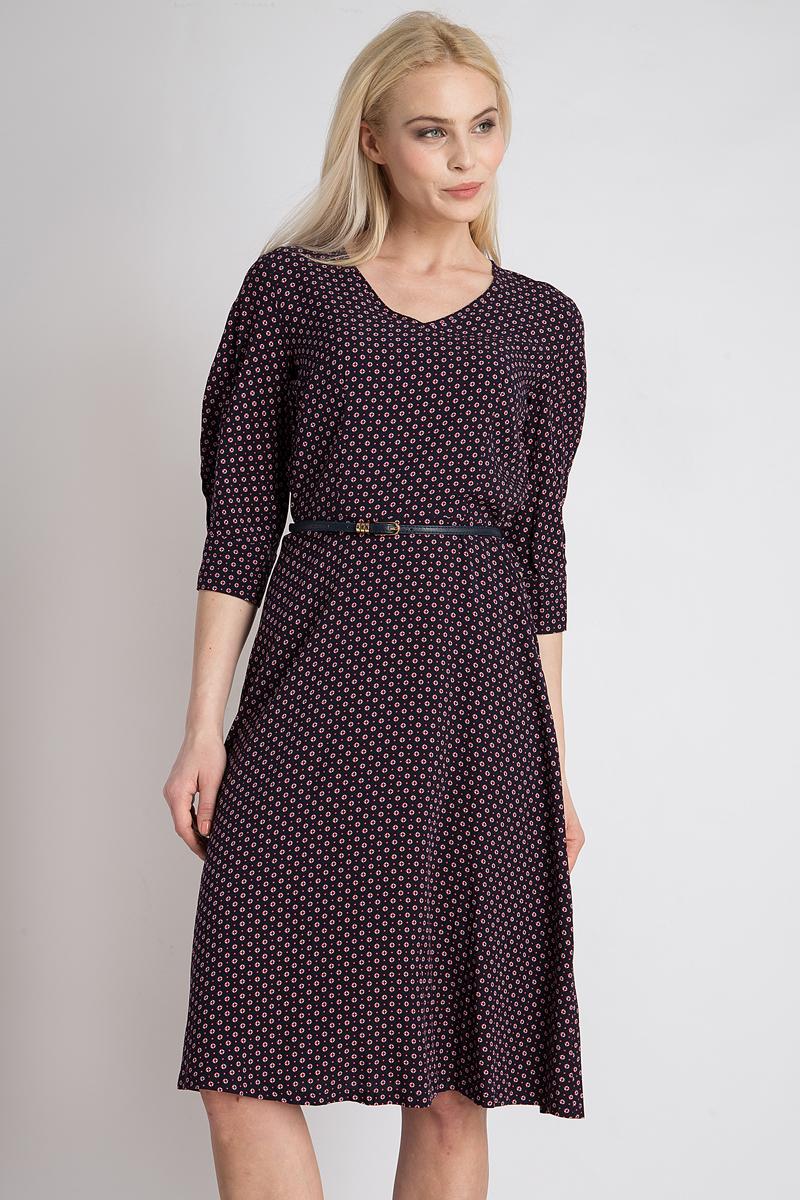 Платье Finn Flare, цвет: темно-синий. B18-12030_101. Размер M (46)B18-12030_101Стильное платье Finn Flare выполнено из 100% вискозы. Такое платье обеспечит вам комфорт и удобство при носке и непременно вызовет восхищение у окружающих. Модель с рукавами 3/4 и V-образным вырезом горловины дополнено ремнем на талии, благодаря чему выгодно подчеркнет все достоинства вашей фигуры. Сзади изделие застегивается на скрытую застежку-молнию. Модель оформлена оригинальным принтом. Изысканное платье создаст обворожительный и неповторимый образ. Это модное и комфортное платье станет превосходным дополнением к вашему гардеробу, оно подарит вам удобство и поможет подчеркнуть свой вкус и неповторимый стиль.