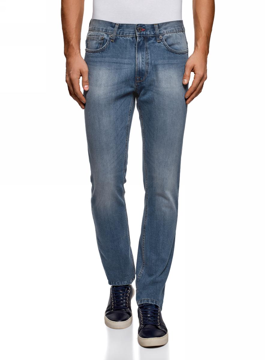 Джинсы мужские oodji Basic, цвет: светло-голубой. 6B120046M/46627/7401W. Размер 34-32 (54-32)6B120046M/46627/7401WМужские джинсы oodji Basic выполнены из высококачественного материала. Модель средней посадки по поясу застегивается на пуговицу и имеют ширинку на застежке-молнии, а также шлевки для ремня. Джинсы имеют классический пятикарманный крой: спереди - два втачных кармана и один маленький накладной, а сзади - два накладных кармана.