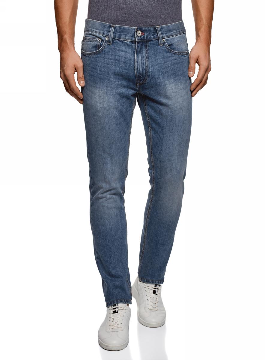 Джинсы мужские oodji Basic, цвет: серо-голубой. 6B120046M/46627/7501W. Размер 33-34 (52-34)6B120046M/46627/7501WМужские джинсы oodji Basic выполнены из высококачественного материала. Модель средней посадки по поясу застегивается на пуговицу и имеют ширинку на застежке-молнии, а также шлевки для ремня. Джинсы имеют классический пятикарманный крой: спереди - два втачных кармана и один маленький накладной, а сзади - два накладных кармана.