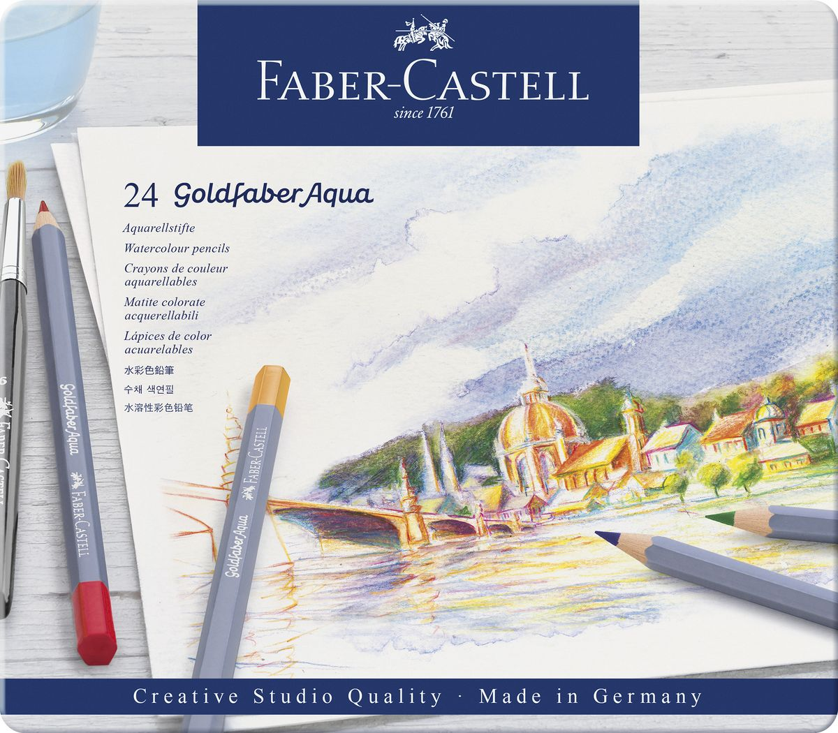 Faber-Castell Набор цветных акварельных карандашей Goldfaber Aqua 24 цветов114624Акварельные карандашиGoldfaberAquaотFaber-Castellподойдут как для любителей, так и для профессионалов. Утолщенный грифель (3,3 мм) не только увеличивает срок службы карандаша, но и позволяет закрашивать большие пространства. Грифель насыщен яркими пигментами и полностью размывается водой. Ключевой особенностью карандашейFaber-Castell является мягкий грифель, который не царапает поверхность бумаги, а ложится плавным слоем, создавая все необходимые условия дляэкспериментовсо смешением оттенков. Это позволяет создавать полные жизни и красок рисунки. Карандаши обладают высоким уровнем светостойкости и не выцветают на солнце или под искусственным освещением. Упаковка: металлическая коробка, 24 шт. Сделано в Германии.
