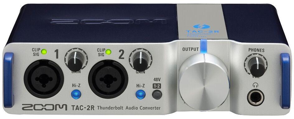 Zoom TAC-2R, Silver аудиоинтерфейсTAC-2RПоднимитесь на новый уровень. Подключив аудиоинтерфейс TAC-2R к ноутбуку, вы сможете получить высочайше качество звучания при выступлении на сцене. Скорость, обеспечиваемая интерфейсом Thunderbolt, вкупе с высококачественными конвертерами и крепким корпусом позволят вам полностью убедиться в способности TAC-2R выдавать аудио высшего класса.