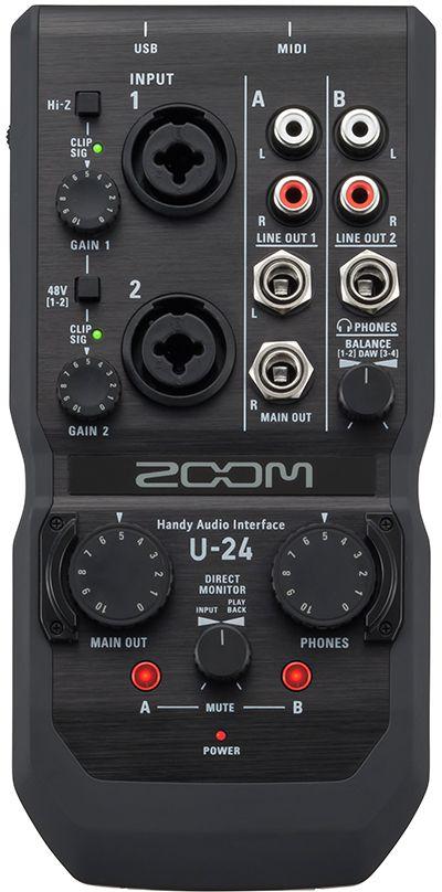 Zoom U-24, Black аудиоинтерфейс ручнойU-24U-24 – это компактный аудиоинтерфейс с двумя входами и четырьмя выходами, который предоставит вам все необходимые средства длязаписи и воспроизведения аудио высокого качества (24 бит/96 кГц), где бы вы ни находились. Качество звука обеспечивается за счетбесшумных предусилителей, точно таких же, как на отлично зарекомендовавших себя ручных рекордерах H5 и H6. Подключитесь к вашему ПК,Mac или iPad при помощи USB-порта и осуществляйте запись с микрофонов, инструментов и любых других источников сигнала. U-24обеспечивает такое же качество звука, как и старшая модель U-44, которая отличается дополнительным набором функций и большимколичеством входов.U-24 может питаться через USB-порт, и весь его функционал заключен в скромном корпусе, который поместится у вас на ладони. С U-24 высможете осуществлять запись с микрофонов, музыкальных инструментов и других источников сигнала в домашних условиях или на открытомвоздухе. U-24 совместим с iPad и настолько невелик, что его без проблем можно взять с собой. При необходимости он может питаться всегоот двух пальчиковых батареек, поэтому вы сможете использовать его в любой ситуации.Дизайн, вдохновленный линейкой ручных рекордеров Zoom (H1, H2n, H4n, H5, H6), дополняется высококачественными бесшумнымимикрофонными предусилителями (эквивалентный входной шум -119.5 дБ), которые позволяют осуществлять запись в качестве до 24 бит/96кГц. Кроме того, вы сможете использовать U-24 в качестве усилителя для наушников студийного качества, чтобы насладиться вашей любимоймузыкой с максимальной верностью звучания.Аудиоинтерфейс U-24 оснащен достаточным набором входов и выходов для удобной и качественной записи. Два комбо-входа с независимымиручками управления усилением и полноцветными индикаторами уровня позволят вам подключить микрофоны, клавиатуры, микшерные пультыи многое другое. На оба входа можно подавать фантомное питание (48В), а первый вход является Hi-Z входом для подключения гитар, бас- гитар и друг