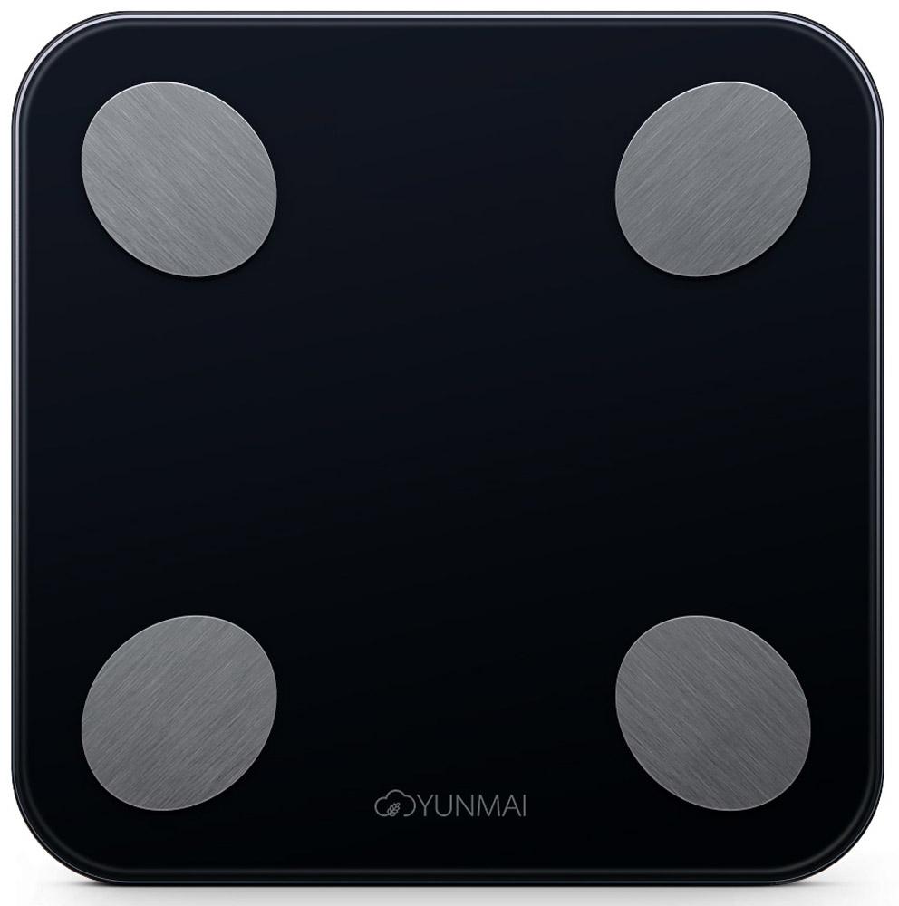 Yunmai Balance, Black весы напольныеM1690BlackКомпания Yunmai является лидером рынка умных весов в США и активноразвивается на европейском, африканском и азиатском рынках.КомпанияYunmai фокусируется на создании интеллектуальных устройств в рамках заботы оздоровье для домашнего использования. Yunmai использует накопленные знанияв области интеллектуальных инноваций и успешно интегрирует их в своепроизводство.Умные весы Yunmai не только точно измеряют вес, но такжеприменяют метод биоэлектрического сопротивления (BIA) для измерения ИМТ,мышечной массы, массы костей, воды, обмена веществ, возраста тела,висцерального жира, белка и так далее. Анализ показателей помогает понятьобщее состояние организма и помогает в организации диеты и образа жизни.Yunmai - это умная забота о здоровье для каждого. Yunmai Balance -компактный размер, высокоточные сенсоры и запоминающаяся внешность всочетании с измерением важных показателей организма делают эти весыоптимальным выбором для любого покупателя.