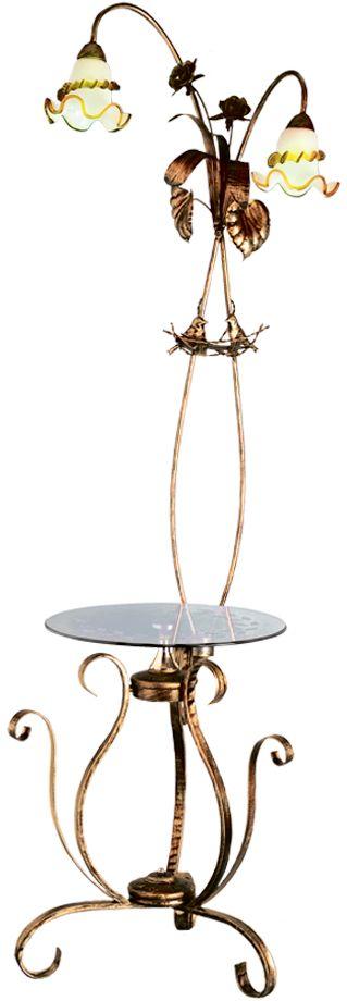 """Кованые элементы в интерьере квартиры применяются с давних времен, и с тех самых времен они характеризуются изысканностью и утончённостью. Оригинальные светильники коллекции """"Ковка» подчеркивают общую стилистику интерьера.Несмотря на то, что изделия выполнены из металла, они не отягощают пространство,а наоборот, придают легкость всему помещению. Кованая мебель и предметы интерьера с художественной ковкой очень активно используютсяпри оформлении загородных домов. Воздушные люстры с кружевом из металла одинаковохороши и в уютных кафе, и в городских квартирах.Широкий модельный ряд «Максисвет» позволяет подобрать люстру под конкретный интерьер –от романтичного прованса до тяжелого замкового стиля. Для законченности интерьера люструможно дополнить бра, торшером или настольной лампой той же серии."""
