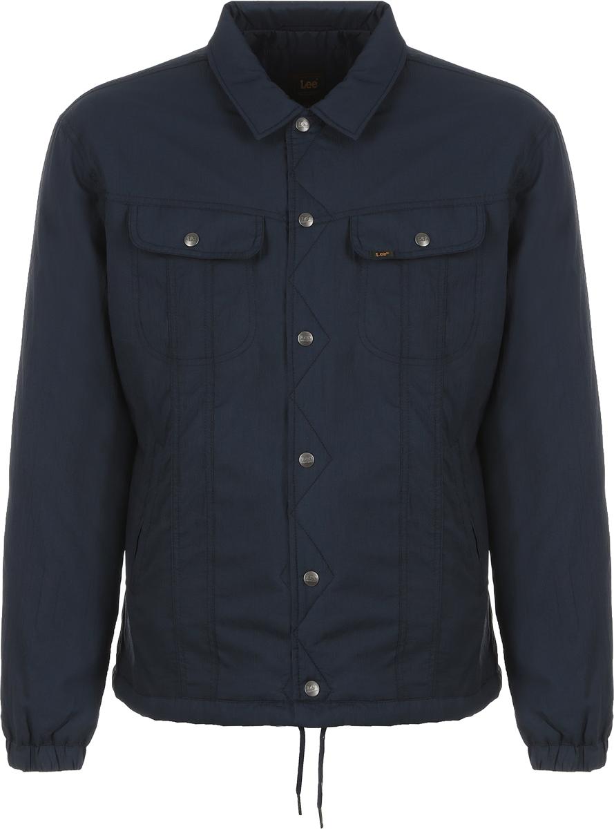 Куртка мужская Lee, цвет: синий. L86MVVEE. Размер XXL (54)L86MVVEEМужская куртка от Lee выполнена из высококачественного материала. Модель с длинными рукавами и отложным воротником застегивается на кнопки. По бокам куртка дополнена втачными карманами, на груди - накладными карманами с клапанами.