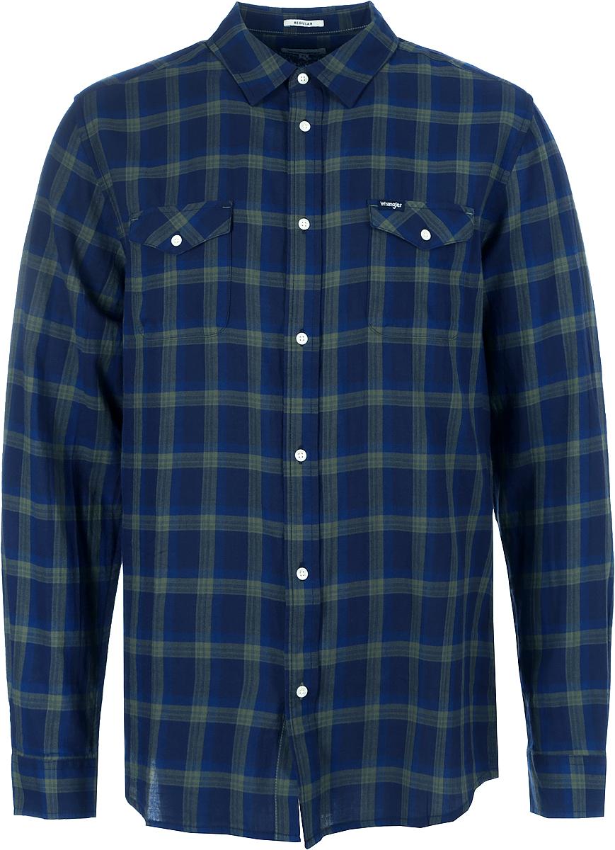 Рубашка мужская Wrangler, цвет: зеленый. W5917ORFR. Размер XXL (54)W5917ORFRМужская рубашка от Wrangler вклетку выполнена из натурального хлопка. Модель с длинными рукавами и отложным воротником застегивается на пуговицы, на груди дополнена накладными кармашками с клапанами.