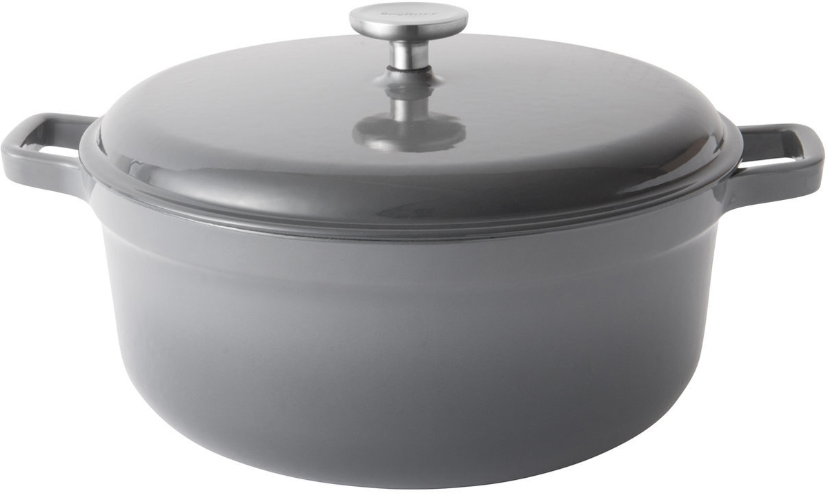 Материал: Чугун; материал крышки: Чугун. Внутри покрыто эмалью. Подходит для всех типов плит, включая индукционные, а также для духовых печей. Подходит для использования в духовом шкафу. Рекомендуется мыть вручную. Не подвергать резким перепадам температур.
