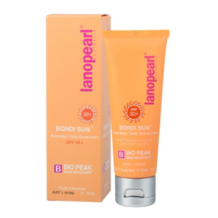 Lanopearl Крем солнцезащитный Bondi Sun Australian Daily Sunscreen Spf 30+ Tube, 75 млLB52Пляж Бонди в Австралии, на который воздействуют одни из самых сильных солнечных лучей в мире, вдохновил на этот эффективный, но при этом нежный солнцезащитный крем. Он обеспечивает защиту от вредных лучей UVA и UVB. Его мягкая, нежирная формула подходит для всех типов кожи, включая чувствительную. • Защищает кожу от UVA (Рака) и UVB (солнечных ожогов) • Легкая текстура и не жирный• Может использоваться под макияжем. Не оставляет следов на лице • Витамин Е защищает кожу от обезвоживания, делая кожу мягкой и эластичной