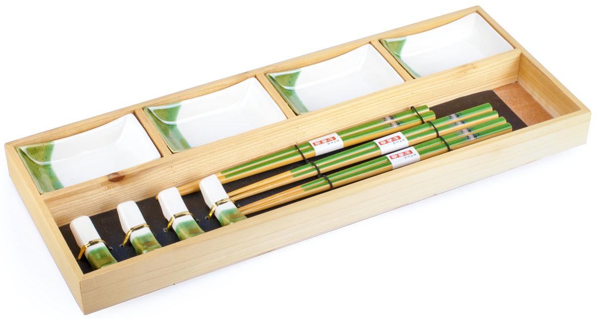 Набор для суши, цвет: белый, зеленый, бежевый, 12 предметов40329Набор для суши,выполненный из керамики и бамбука, идеален в качествеподарка любителям восточной кухни. Вкомплекте 5 пиалы для соуса, 4 пары палочек, 4 подставки под палочки. Данный набор идеально подойдет для грамотнойи красивой сервировки стола.