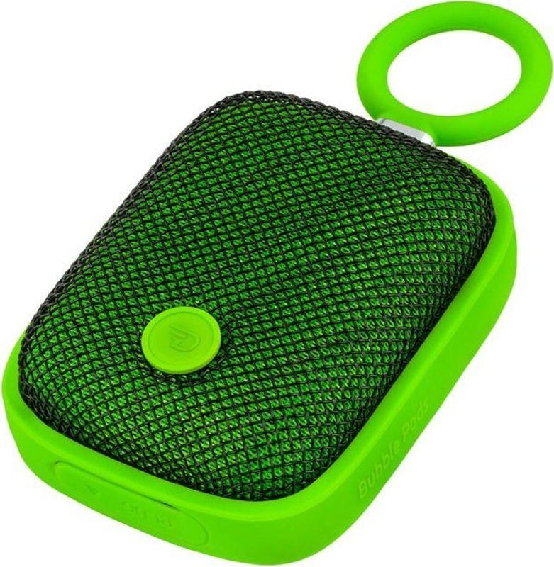 DreamWave Bubble Pods, Green портативная акустическая система15119095DreamWave Bubble Pod – это очень красочная портативная Bluetooth-колонка. Она обладает наилучшим качеством звучания среди устройств своего класса и может отправиться с вами в любое путешествие. Это сверхлёгкая, простая и удобная колонка с защитой от воды/песка/пыли уровня IPX5, обладающая выходной мощностью в 5 Вт. Модель оборудована встроенным аккумулятором ёмкостью 1800 мАч, благодаря чему она способна воспроизводить музыку на максимальной громкости в течение 5 часов. Встроенный драйвер и процессор, создающий эффект звучания на 360°, вместе создают идеальный тандем громкости и басов. Благодаря функции гарнитуры вы сможете отвечать на входящие вызовы, на время разговора музыка будет останавливаться, а по окончании разговора снова вернется к воспроизведению. Bubble Pod имеет простой и удобный дизайн, позволяющий крепить колонку при помощи D-образного кольца, так что вы сможете брать её с собой куда угодно и использовать данное крепление практически с любым предметом одежды, детской коляской, рюкзаком или же просто положить её в карман.Компактный спикер мощностью 5 Вт (лучший в своём классе) Звук Hi-Fi, защита от помех Защита от воды/песка/пыли уровня IPX5 Bluetooth CSR 4.0 + EDR, A2DP AVRCP, APTX Аккумулятор 1800 мАч Работает до 12 часов подряд (5 часов на максимальной громкости) Звонки хэндз-фри, бесконтактная связь по NFC Аудиопроцессор, создающий всенаправленный звук (360°)