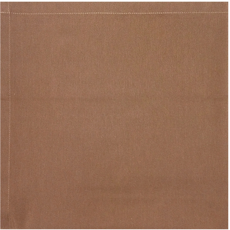 """Однотонная скатерть из новой коллекции """"Altali"""" изготовлена из натуральной плотной испанской ткани (100% хлопок). Высокие экологические свойства ткани позволяют использовать изделие не только в качестве декоративного оформления, но и для сервировки обеденного стола. Скатерть хорошо сочетается с другими элементами кухонного текстиля и имеет универсальный размер. Красиво смотрится как на круглом, овальном, так и на прямоугольном столе."""