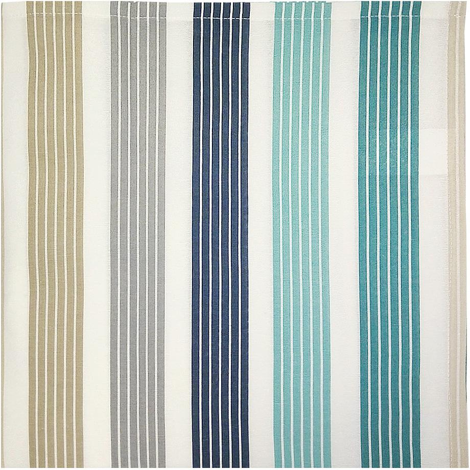 Скатерть Altali Lorena Royal, 170 х 220 смP733-1820/1Скатерть с рисунком из новой коллекции Altali изготовлена из натуральной плотной испанскойткани (хлопок). Высокие экологические свойства ткани позволяют использовать изделие нетолько в качестве декоративного оформления, но и для сервировки обеденного стола. Дизайнскатерти удачно сочетается с остальными элементами коллекции, а также с однотоннымикомпаньонами. Скатерть имеет универсальный размер и красиво смотрится как на круглом,овальном, так и на прямоугольном столе.