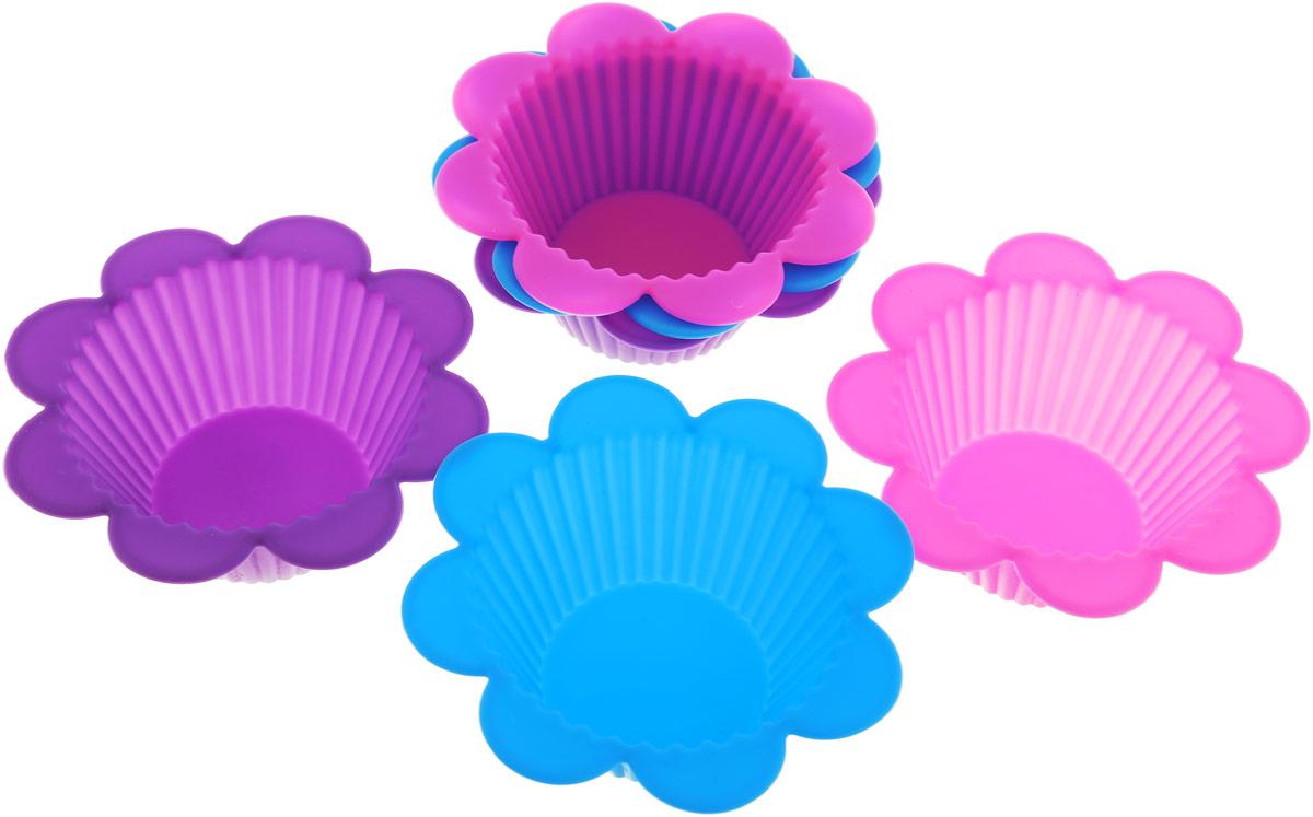 Набор форм для выпечки Доляна Риб. Ромашка, цвет: фиолетовый, голубой, розовый, 9 х 4 см, 6 шт811942_фиолетовый,голубой, розовыйНабор форм для выпечки Доляна Риб. Ромашка состоит из 6 силиконовых форм разных цветов. Форма для выпечки из силикона - современное решение для практичных и радушных хозяек. Оригинальный предмет позволяет готовить в духовке любимые блюда.Блюдо в силиконовой форме сохраняет нужную форму и легко отделяется от стенок после приготовления. Высокая термостойкость (от -40 до +230°С) позволяет применять форму в духовых шкафах и морозильных камерах; небольшая масса делает эксплуатацию предмета простой; силикон пригоден для посудомоечных машин; высокопрочный материалделает форму долговечным инструментом; при хранении предмет занимает мало места.Перед извлечением блюда из силиконовой формы дайте ему немного остыть, осторожно отогните края предмета. Размер 1 формы: 9 х 4 см.