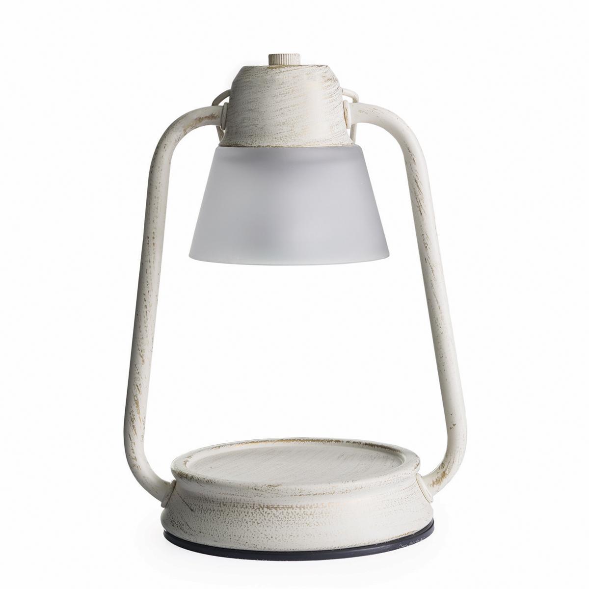 Аромалампа Candle Warmers Beacon, цвет: бежевыйBLBC--GПредставляем Вашему вниманию лаконичный дизайн и узнаваемый стиль ламп и фонарей от Candle Warmers в современном и классическом стиле.Используйте их для освещения комнаты, декора, а также для ароматизации помещения. Поместите под лампу свечу нужного размера, и наслаждайтесь любимым ароматом без зажигания свечи . Прекрасно подойдёт для безопасного использования без применения огня . Электрический маяк фонарь-матовое шампанское. При ослаблении аромата , жидкий воск можно вылить, и свеча зазвучит по новому.Подойдёт диаметр свечи 10 см, высота 8,5 см. Свеча на фото не поставляется в комплекте с лампой.