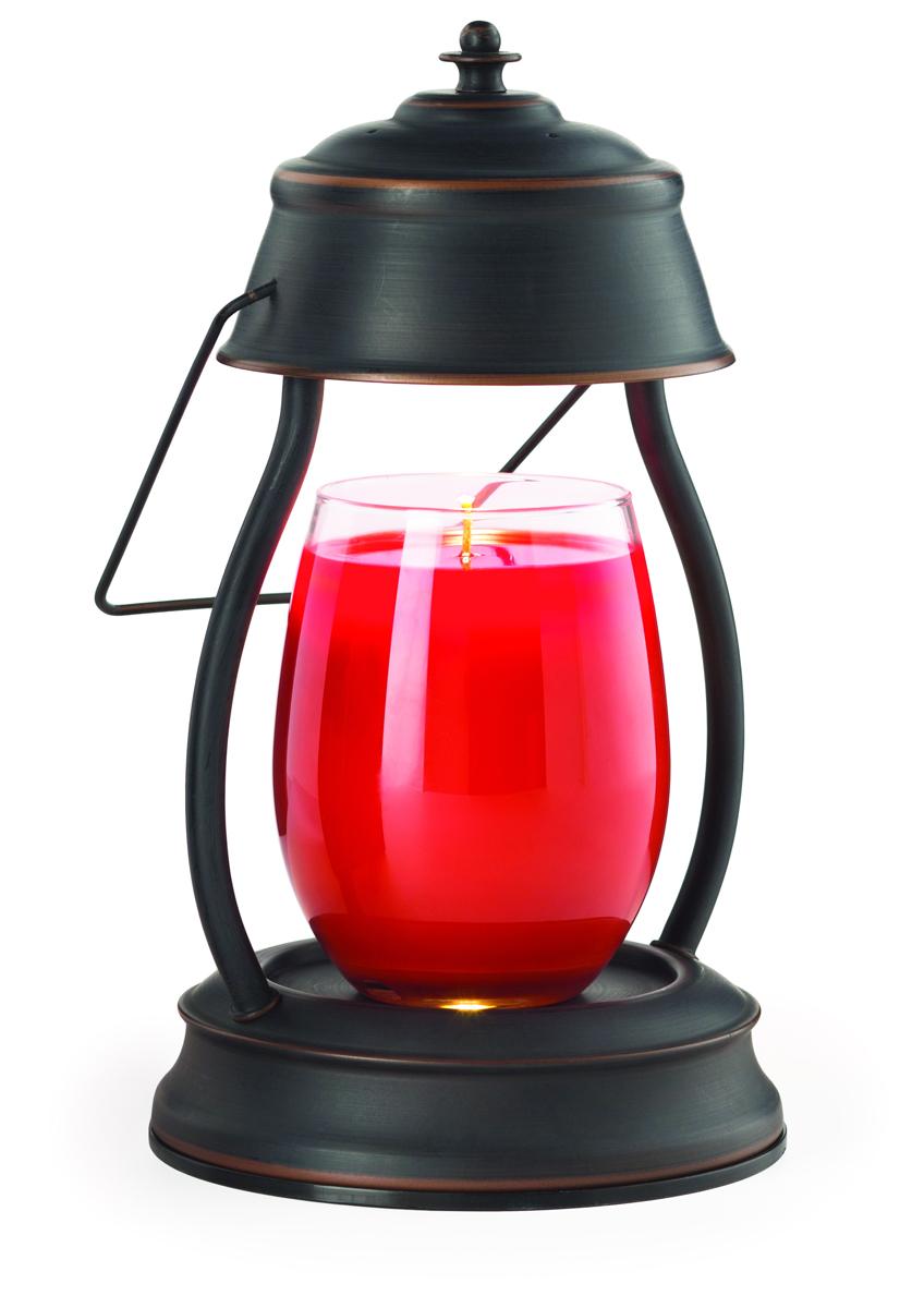 Представляем Вашему вниманию лаконичный дизайн и узнаваемый стиль ламп и фонарей от Candle Warmers в современном и классическом стиле. Используйте их для освещения комнаты, декора, а также для ароматизации помещения. Поместите под лампу свечу нужного размера, и наслаждайтесь любимым ароматом без зажигания свечи.  Прекрасно подойдёт для безопасного использования без применения огня . Фонарь матовый, состаренная бронза.  При ослаблении аромата , жидкий воск можно вылить, и свеча зазвучит по новому.   Подойдёт диаметр свечи 10 см, высота 14 см без крышки. Свеча на фото не поставляется в комплекте с лампой.