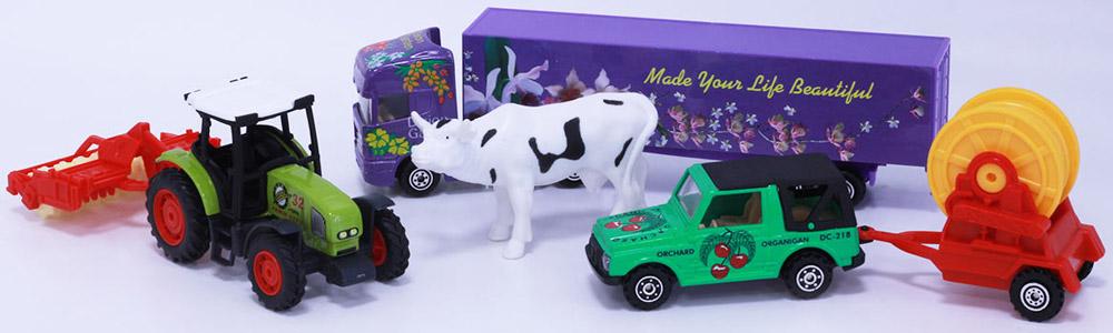 Pioneer Toys Игровой набор Фермер игровые наборы tomy игровой набор приключения трактора джонни и коровы на ферме