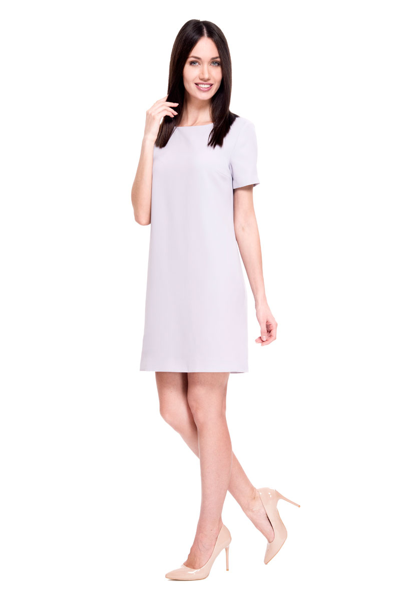 Платье Lusio, цвет: голубой. SS18-020137. Размер S (42/44)SS18-020137Стильное платье от Lusio выполнено из полиэстера. Модель с круглым вырезом горловины и короткими рукавами исполнена в лаконичном дизайне. На спинке изделие застегивается на молнию по всей длине.