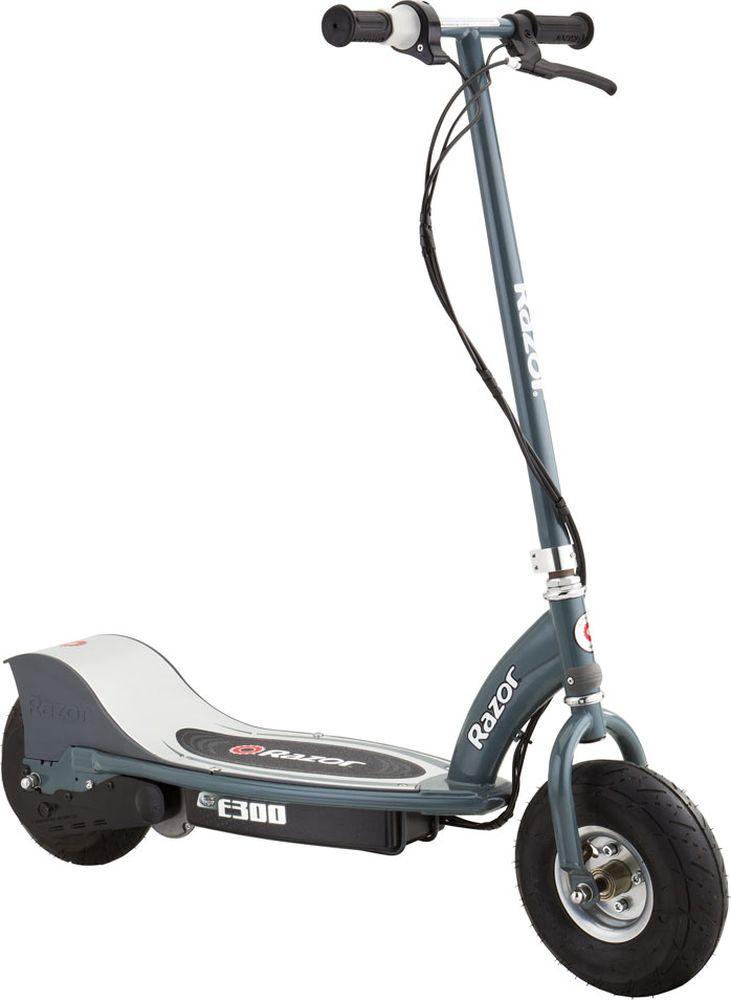 Электросамокат Razor E300010304Razor E300 – легендарный электросамокат для детей! Подзаряжайся там, где тебе удобно: дома, в офисе, в кафе. Проезжай до 15 км на одной зарядке! Возьми самокат в метро, автобус или на прогулку в парк. С легкостью объезжай все пробки и наслаждайся мобильностью! Razor E300 занимает гораздо меньше места, чем велосипед, а в сложенном виде (руль легко снимается) поместится в самый маленький багажник или на антресоль. Приходи к нам, прокатись и прочувствуй все его преимущества!От 12 лет Подходит подросткам и взрослым ростом от 140 до 200 см. Максимальная нагрузка 100 кг. Вес электросамоката 20,8 кг. Тихий надежный электромотор Мощность электромотора 250W Скорость до 24 км/час Время полной зарядки 7 часов До 60 минут непрерывного хода на полной зарядке Защищен от брызг и ударов Разбирается для удобного хранения и транспортировки Широкие колеса с автомобильным ниппелем Фиксированная высота руля (от деки) 89 см. Фиксированная высота руля (от земли) 106 см. Ширина платформы для ног (ширина деки) 22 см. Полезная длина деки (место для ног) 67 см. Общая длина самоката 104 см. Дорожный просвет (клиренс) 11 см. Ширина руля 42,5 см. Не требует сервисного обслуживания Требуется частичная сборка Гарантия 6 месяцев