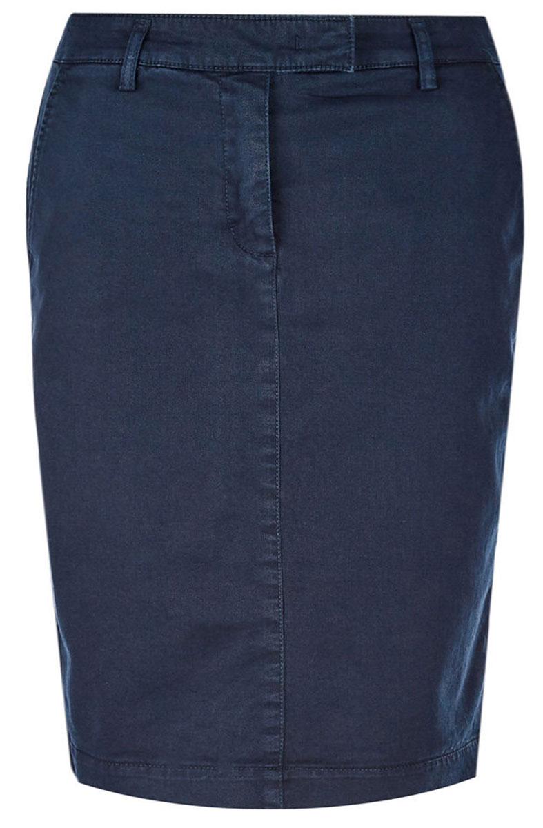 Юбка United Colors of Benetton, цвет: синий. 4GD5504Z4_66U. Размер 38 (40)4GD5504Z4_66UЮбка от United Colors of Benetton выполнена из эластичного хлопка. Модель облегающего кроя в поясе застегивается на брючный крючок и имеет ширинку на молнии и шлевки для ремня. По бокам юбка дополнена втачными карманами со скошенными краями, сзади – прорезными карманами.
