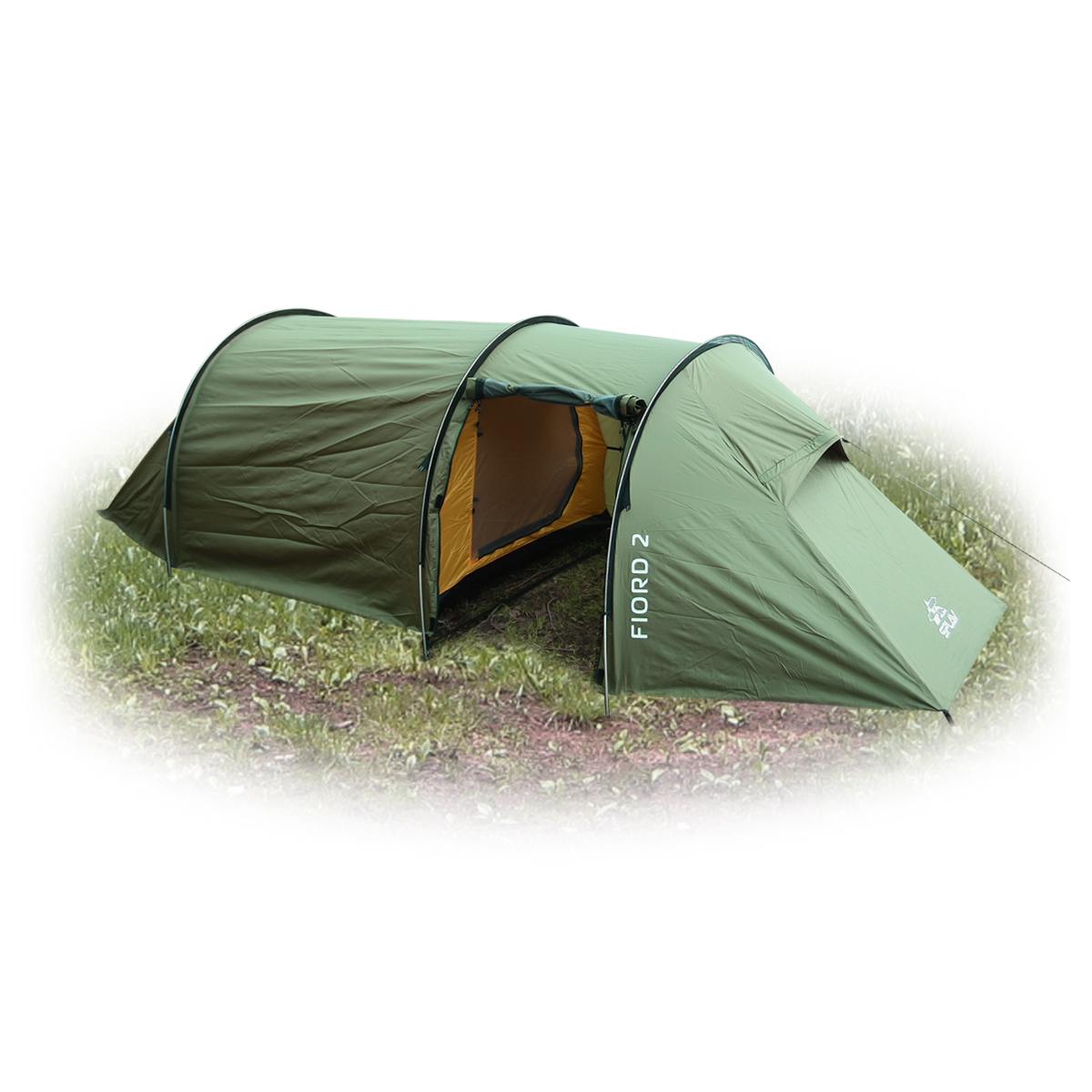 Палатка Сплав Fiord 2, цвет: зеленый5051950Туристическая палатка тоннельного типа с комфортным внутренним объемом и большим тамбуром Конструкция на 3-х внешних дугах позволяет быстро установить палатку в неблагоприятных погодных условиях Палатка и тент могут устанавливаться одновременно Возможна установка отдельно тента без внутренней палатки Вентиляционные отверстия расположены по торцам палатки под защитными козырьками и продублированы противомоскитной сеткой. Обеспечивают хорошую проточную вентиляцию внутреннего объема Вход в тамбур и основную палатку продублирован противомоскитной сеткой Дополнительное большое вентиляционное окно в тамбуре закрывается водонепроницаемой шторкой на молнии Веревки оттяжек имеют вплетенную светоотражающую нить Петли крепления оттяжек на тенте продублированы светоотражающими полосами Швы тента и дна проклееныКоличество мест: 2 Габариты и вес: Размеры внешней палатки, тента (ДхШхВ): 410х160х110 см Размеры спального места (ДхШхВ): 220х140/90х100 см Размеры в упакованном виде (ДхШхВ): 50х22х17 см Полный вес: 3,89 кг Минимальный вес (без чехла и колышков): 3,29 кг Материалы: Внешний тент: Polyester 75D/190T PU8000 мм Внутренняя палатка: Polyester R/S 68D/210T W/R Дно: Polyester 100D PU 10000 мм Дуги: Алюминиевый сплав 7001 T6 O8,5 мм Колышки: Trigonal aluminium pin Фурнитура: YKK