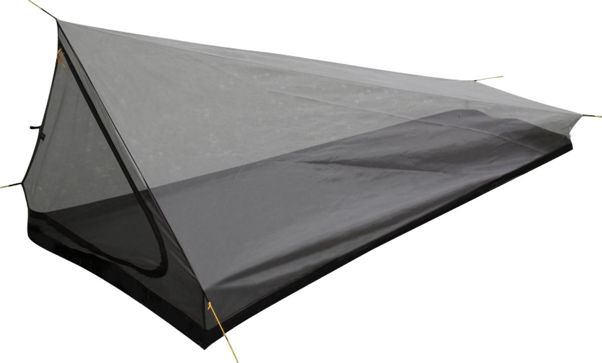 Палатка Сплав Spirit 15060240Легкая палатка из сетки Сплав Spirit 1 может использоваться как самостоятельно, так и в комплекте с тентом «Lost». Петля на коньке позволяют устанавливать палатку без стоек при помощи внешних опор, к примеру, между двумя деревьями. В качестве стоек можно использовать треккинговые палки или подручный материал. Полноценная одноместная палатка из сетки Polyester Mesh с непромокаемым дном! Рекомендуется использоваться в комплекте с тентом «Lost»! Безусловно, летний вариант – «надышать» внутри невозможно, зато и конденсата точно не будет. Свежего воздуха предостаточно - можно смело брать палатку в южные широты. Клещи, комары, тарантулы и прочие змеи будут безнадежно топтаться у входа, который закрывается однозамковой молнией Duraflex® , в поисках несуществующих щелей. Из однозначных плюсов: - Малый вес – 0.46-0.54 кг. Добавьте вес тента - 0.213-0.221 кг (тент «Lost»), и до килограмма общий вес все равно не дотянет. - Небольшой объем упаковки. - Цельное непромокаемое дно из Polyester 190T PU 7000 мм W/R. - Простота установки. Петля на коньке позволяет устанавливать палатку без стоек. Можно использовать трекинговые палки, а также натягивать палатку на камни и/или деревья. Швы частично окантованы изнутри тканью, частично выполнены запошивочным швом. Все предельно просто, прочно и легко. Габариты и вес: Размеры внешней палатки, тента (Д х Ш х В): 215 х 110 х 90 см. Полный вес: 0,54 кг. Минимальный вес: 0,46 кг. Материалы: Палатка: Polyester Mesh. Дно: Polyester 190T PU 7000 мм W/R. Фурнитура: Duraflex®.