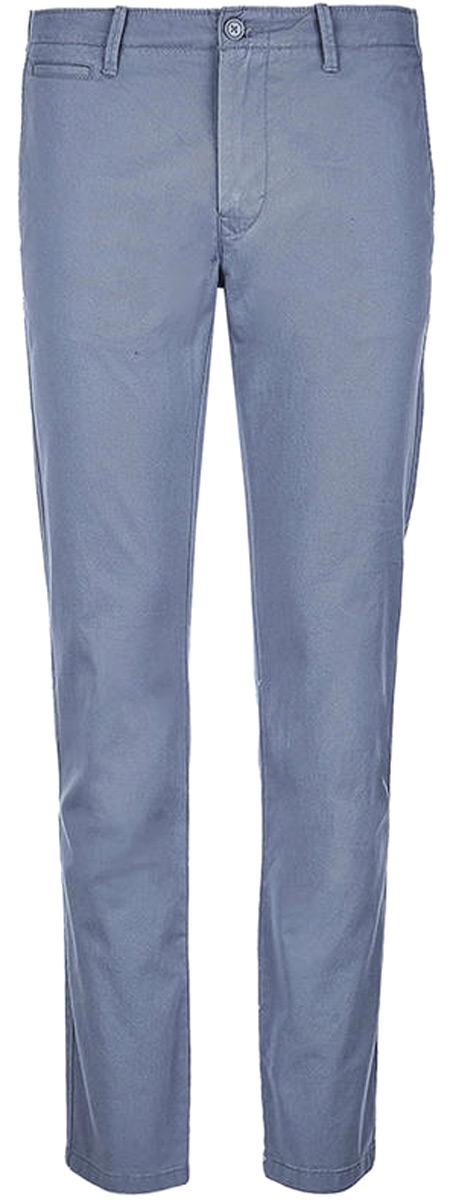 Брюки мужские United Colors of Benetton, цвет: серый. 4APN55CL8_11E. Размер 544APN55CL8_11EБрюки-чинос от United Colors of Benetton выполнены из натурального хлопка. Модель в поясе застегивается на пуговицу и имеет ширинку на молнии и шлевки для ремня. По бокам брюки дополнены втачными карманами со скошенными краями, сзади – прорезными карманами.