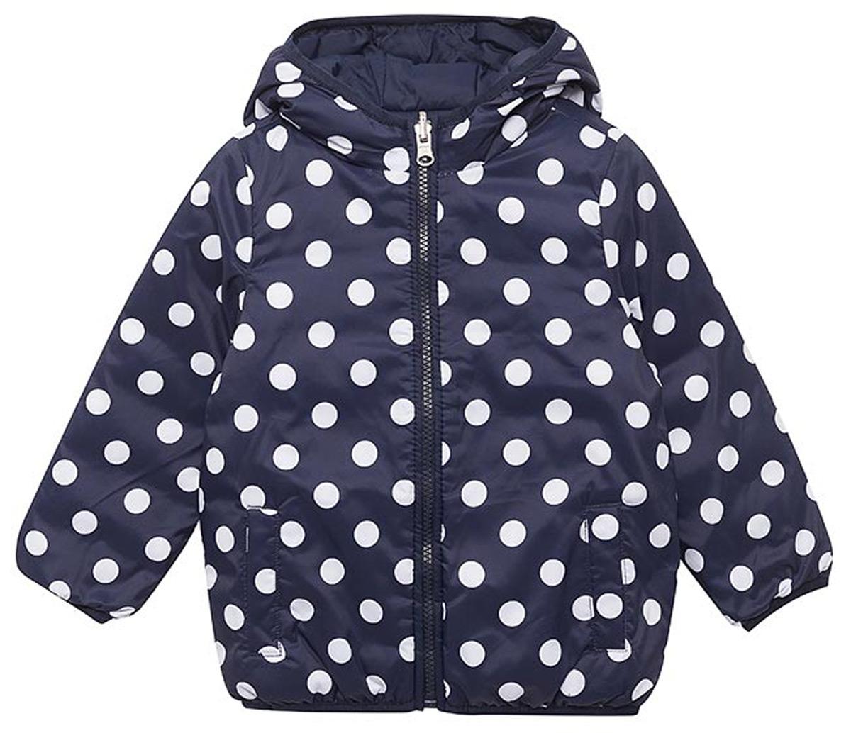 Куртка для девочек United Colors of Benetton, цвет: синий. 2XD853BS0_901. Размер 1502XD853BS0_901Двустороння утепленная куртка от United Colors of Benetton выполнена из высококачественного полиэстера. Модель с длинными рукавами и капюшоном застегивается на молнию, по бокам дополнена втачными карманами.