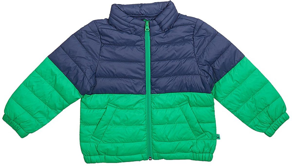 Куртка для мальчика United Colors of Benetton, цвет: зеленый. 2BA253BG0_108. Размер 1302BA253BG0_108Утепленная куртка от United Colors of Benetton выполнена из высококачественного нейлона. Модель с длинными рукавами и воротником-стойкой застегивается на молнию, по бокам дополнена втачными карманами.
