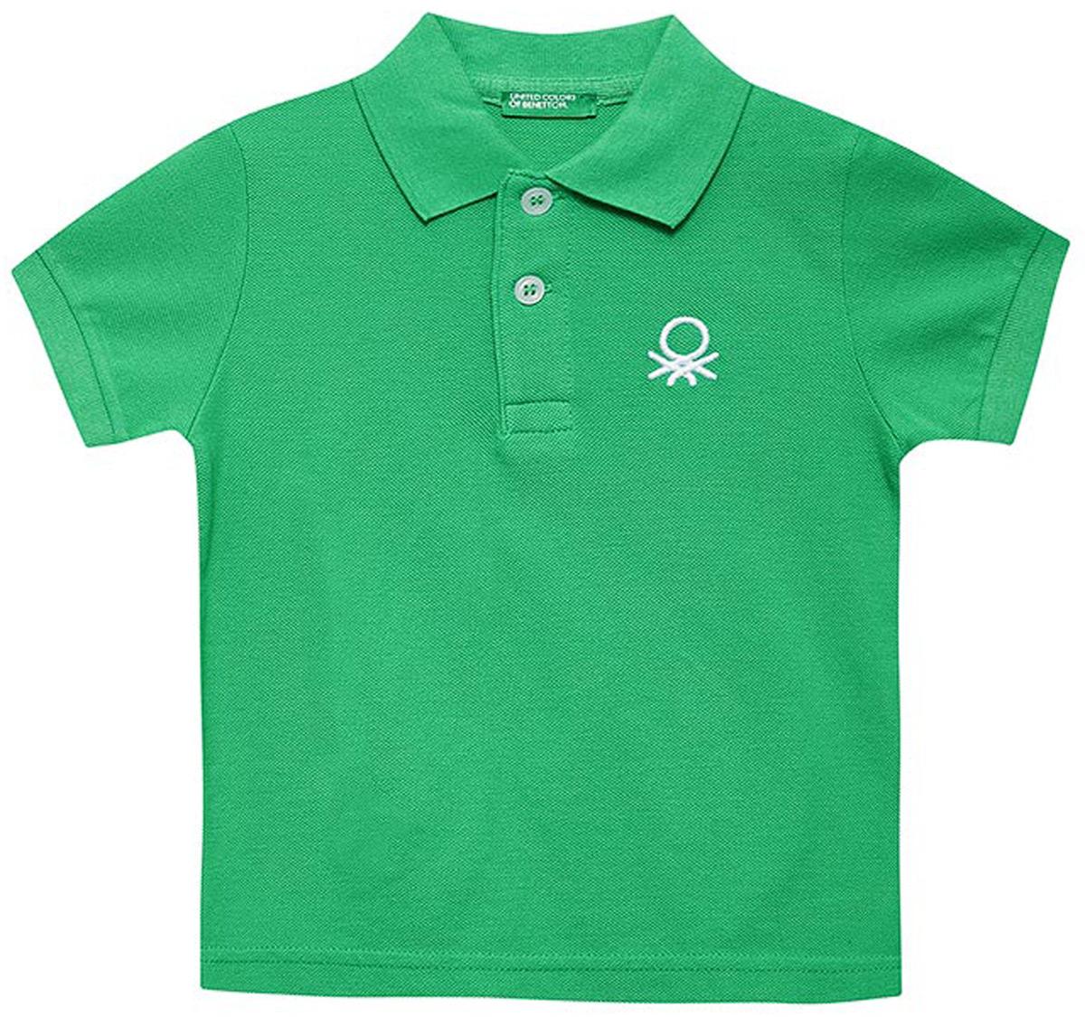 Поло для мальчиков United Colors of Benetton, цвет: зеленый. 3089C3303_108. Размер 1703089C3303_108Лаконичное поло от United Colors of Benetton выполнено из натурального хлопкового трикотажа. Модель с короткими рукавами и отложным воротником на груди застегивается на пуговицы.