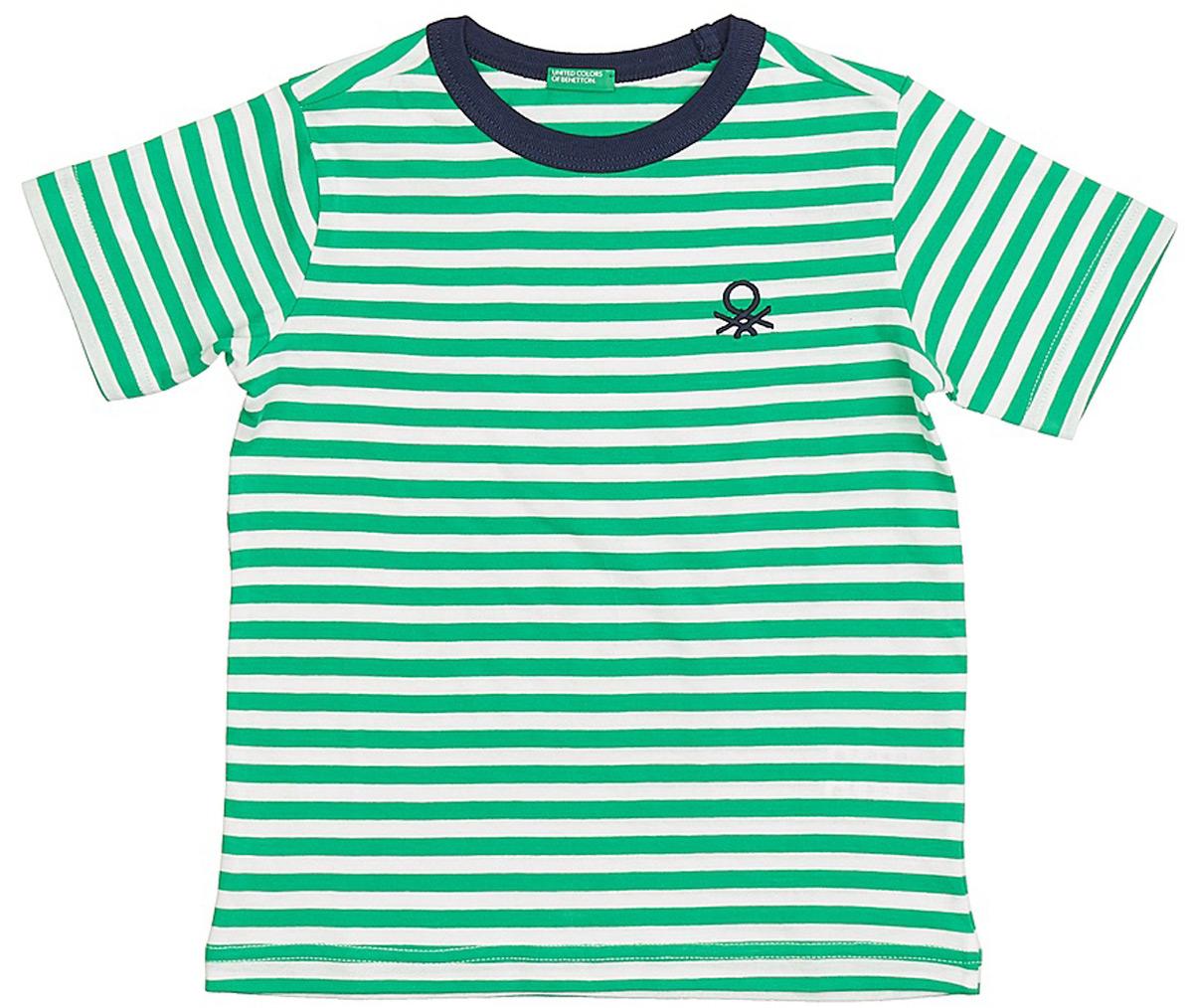 Футболка для мальчика United Colors of Benetton, цвет: зеленый, белый. 3XB1C13H8_604. Размер 1503XB1C13H8_604Футболка от United Colors of Benetton выполнена из натурального хлопкового трикотажа в полоску. Модель с короткими рукавами и круглым вырезом горловины.