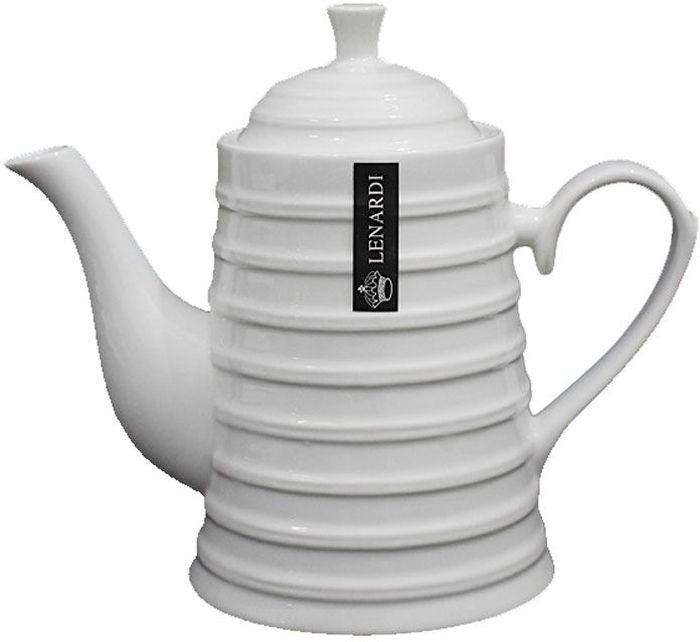Заварочный чайник изготовлен из высококачественного фарфора. Посуда из данного материала  позволяет максимально сохранить полезные свойства и вкусовые качества воды. Украшенные  изящным рисунком стенки чайника, придают ему эстетичности на столе. Чайник изысканно  украсит стол к чаепитию и порадует вас дизайном и качеством исполнения.