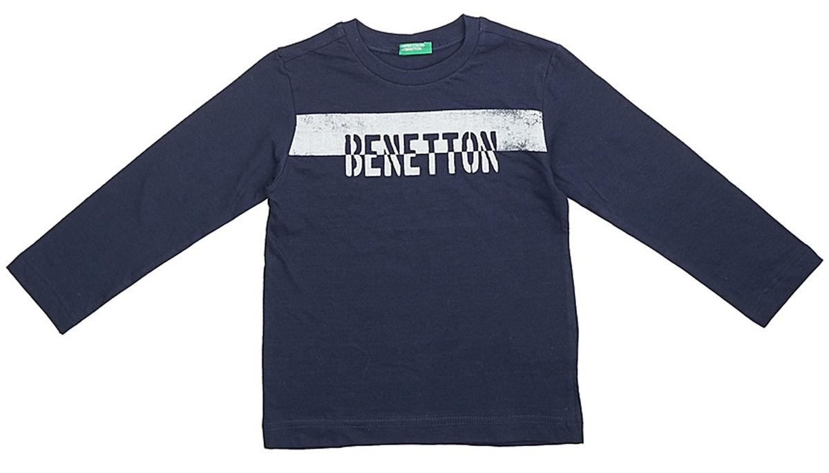 Футболка с длинным рукавом для мальчиков United Colors of Benetton, цвет: синий. 3I1XC13HA_13C. Размер 1503I1XC13HA_13CФутболка от United Colors of Benetton выполнена из натурального хлопкового трикотажа. Модель с длинными рукавами и круглым вырезом горловины.