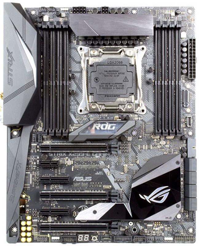 ASUS ROG Strix X299-E Gaming материнская платаROG STRIX X299-E GAMINGМатеринская плата формата ATX с чипсетом Intel X299, системой подсветки Aura Sync и современными интерфейсами.ROG Strix X299-E Gaming - это сочетание самых инновационных решений в области разгона, охлаждения и персонализации компьютеров, которое придется по вкусу самым амбициозным пользователям. Отличительными особенностями данной модели, выполненной в форм-факторе ATX, являются высококачественный аудиокодек SupremeFX, синхронизируемая подсветка Aura Sync с разъемом для подключения программируемых светодиодных лент и специальные крепления для установки аксессуаров, распечатанных на 3D-принтере. Созданная на базе платформы X299, материнская плата Strix X299-E Gaming - настоящий подарок для геймеров, которые жаждут испытать всю мощь новых процессоров Intel серии Core X!Система ASUS Aura Sync дает возможность использовать вместе сразу несколько устройств со светодиодной подсветкой Aura, обеспечивая идеальную синхронизацию визуальных эффектов с единым центром управления из удобного приложения. С помощью Aura Sync вы сможете создать настоящую симфонию света и сделать внешний вид своего компьютера поистине уникальным! В чипсетный радиатор, установленный на материнской плате Strix X299-E Gaming, встроен теплорассеиватель для твердотельного накопителя, который вставляется в слот M.2. Обладая оригинальной формой, он служит еще одним декоративным элементом в облике всего компьютера, а установленный на нем температурный датчик помогает отслеживать статус охлаждаемого устройства.Благодаря процессорному разъему OC Socket и оригинальной Т-образной топологии подключения слотов системной памяти устраняются электромагнитные наводки и увеличивается разгонный потенциал. Именно это позволяет достичь частоты на уровне 4133 МГц и выше при разгоне модулей памяти DDR4 с помощью материнской платы ROG Strix X299-E Gaming.
