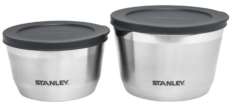 Термоконтейнер Stanley Adventure, 900 мл10-02886-002Термоконтейнер Stanley Adventure предназначен для хранения еды. Корпус выполнен из нержавеющей стали 18/8. Крышка герметична. Вакуумная изоляция. Сохраняет тепло 2,5 часа, холод – 4 часа. Подходит для мытья в посудомоечной машине. Пожизненная гарантия.