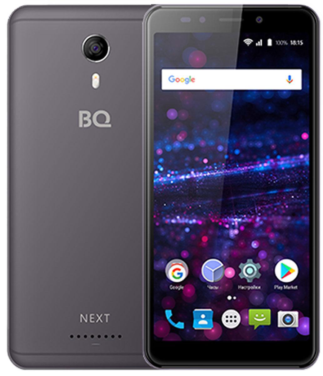 BQ 5522 Next, Gray85959BQ 5522 Next- это устройств новой линейки с безрамочным экраном . Благодаря соотношению сторон 18:9количество информации, отображаемой на экране, заметно увеличилось, а смартфоном стало удобнее пользоваться.Помимо габаритов 5,45, дисплей BQ Next имеет обозначение IPS, которое означает, что экран может похвастаться улучшенной цветопередачей и яркостью. Технологии Capacitive touch и Multitouch позволяют одновременно прикасаться к нескольким точкам на дисплее. Обе камеры, тыловая и фронтальная, имеют одинаковое разрешение 5 МП. Для пользователей доступно несколько режимов съемки. Портретная - с использованием автофокуса, Face Beauty - помогающая поправить цвет лица и структуру кожи, ночная съемка и панорамный режим. Для безопасности данных в смартфоне реализована технология Face Unlock, которая разблокирует экран при распознавании лица владельца.За обработку данных отвечает четырехъядерный процессор и 1 ГБ оперативной памяти. 8 ГБ встроенной памяти можно увеличить до 64ГБ, используя Micro SD. В качестве операционной системы была выбрана надежная ОС Android 7.0.Смартфон сертифицирован EAC и имеет русифицированный интерфейс меню и Руководство пользователя.
