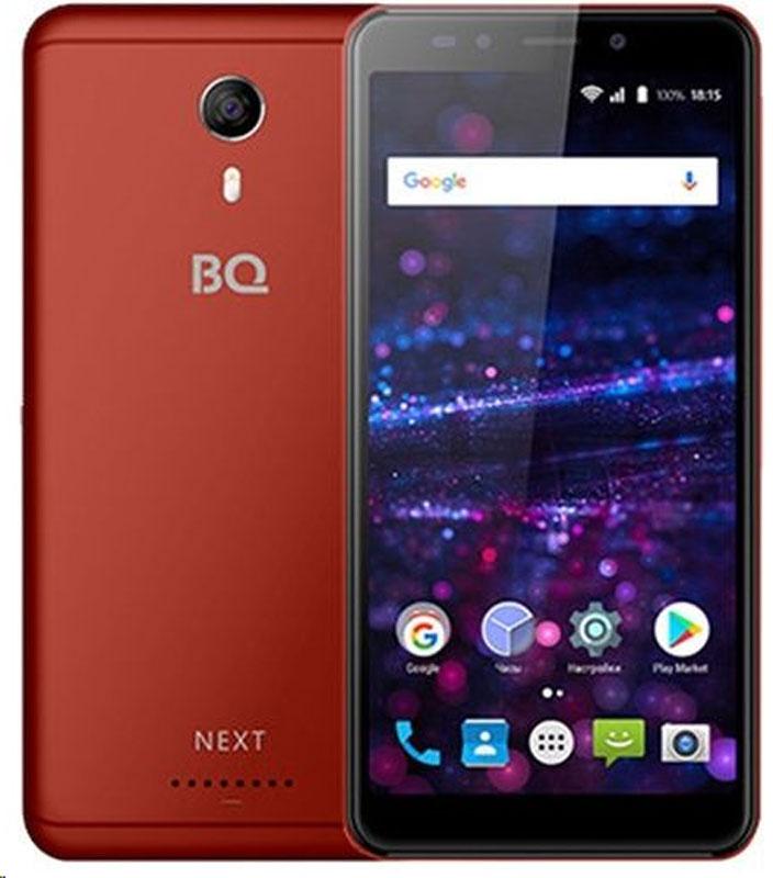 BQ 5522 Next, Red85955660BQ 5522 Next- это устройств новой линейки с безрамочным экраном . Благодаря соотношению сторон 18:9количество информации, отображаемой на экране, заметно увеличилось, а смартфоном стало удобнее пользоваться.Помимо габаритов 5,45, дисплей BQ Next имеет обозначение IPS, которое означает, что экран может похвастаться улучшенной цветопередачей и яркостью. Технологии Capacitive touch и Multitouch позволяют одновременно прикасаться к нескольким точкам на дисплее. Обе камеры, тыловая и фронтальная, имеют одинаковое разрешение 5 МП. Для пользователей доступно несколько режимов съемки. Портретная - с использованием автофокуса, Face Beauty - помогающая поправить цвет лица и структуру кожи, ночная съемка и панорамный режим. Для безопасности данных в смартфоне реализована технология Face Unlock, которая разблокирует экран при распознавании лица владельца.За обработку данных отвечает четырехъядерный процессор и 1 ГБ оперативной памяти. 8 ГБ встроенной памяти можно увеличить до 64ГБ, используя Micro SD. В качестве операционной системы была выбрана надежная ОС Android 7.0.Смартфон сертифицирован EAC и имеет русифицированный интерфейс меню и Руководство пользователя.