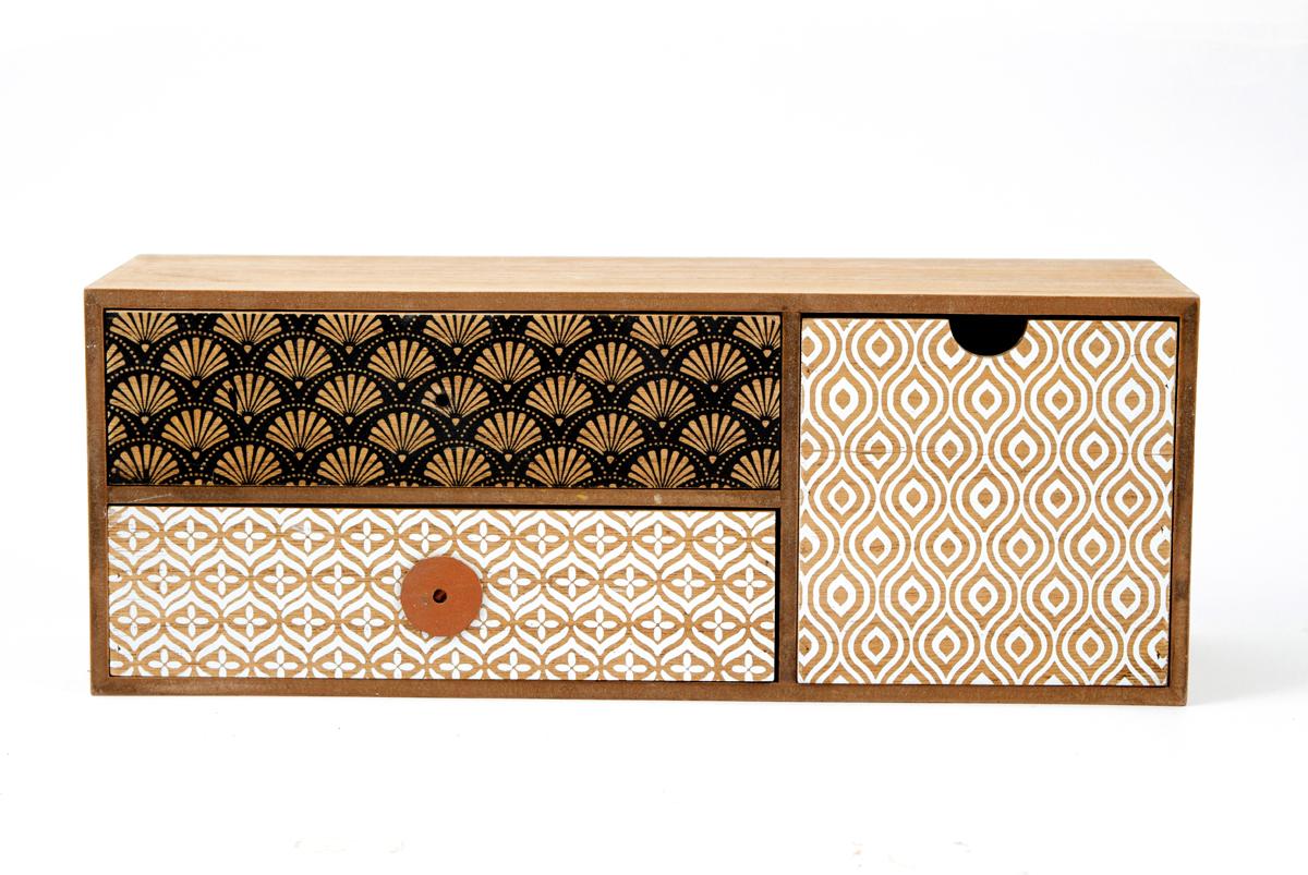 Шкатулка для хранения, цвет: коричневый, 36 х 12 х 14 см. 3860138601Шкатулка для ювелирных украшений является предметом женского обихода, предназначена не только для хранения драгоценностей и ювелирных украшений, но являются частью интерьера. Прекрасно подойдет в качестве подарка на любой праздник.