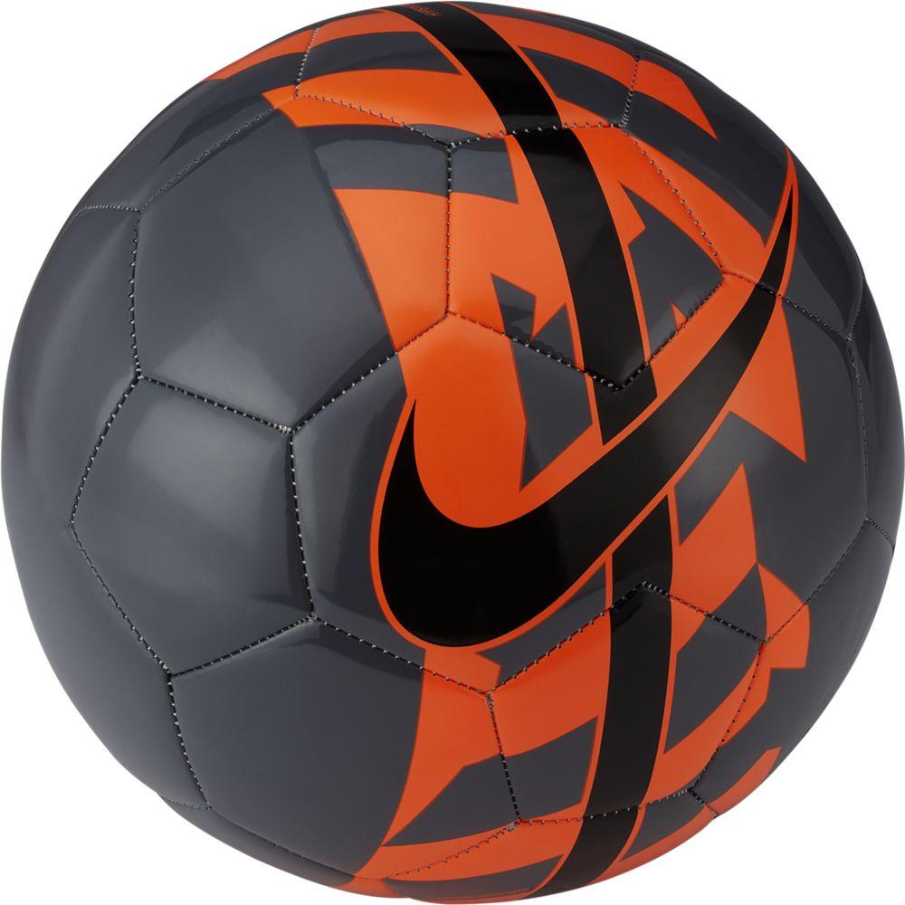 Мяч футбольный Nike React Football. Размер 4SC2736-011Nike React Football К ИГРЕ ГОТОВ. Яркая графика делает футбольный мяч Nike React хорошо заметным на поле, а конструкция, которая хорошо держит форму, обеспечивает превосходное касание.Конструкция из 26 панелей гарантирует точность траектории полета мяча.Бутиловая камера обеспечивает отличную амортизацию и превосходно удерживает воздух.Высококонтрастная графика упрощает слежение за траекторией и вращением.60% РЕЗИНА15% ПОЛИУРЕТАН13% ПОЛИЭСТЕР12% ЭВА