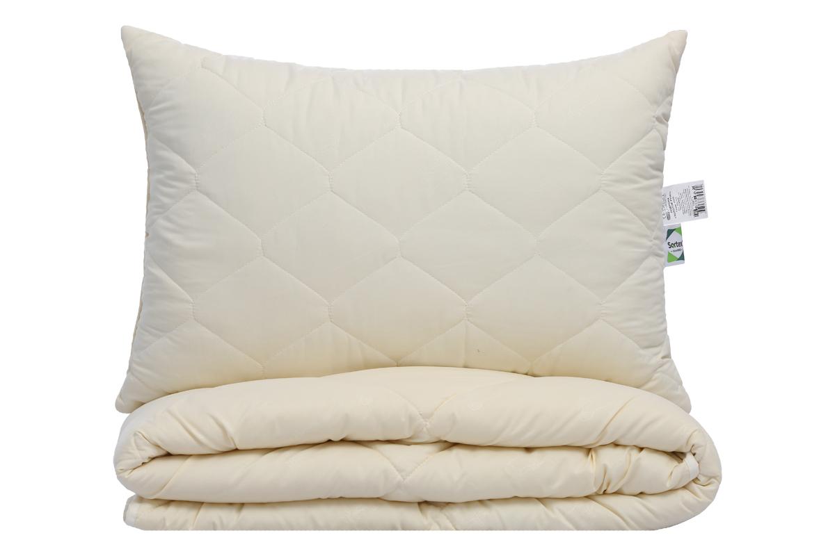 Чехол подушки из ткани микрофибра с эффектом персиковой кожи простеган с бамбуковым волокном, основание подушки высокоизвитое силиконизированное волокно.  Изделие имеет антибактериальный эффект, износостойкое с оптимальной набивкой.
