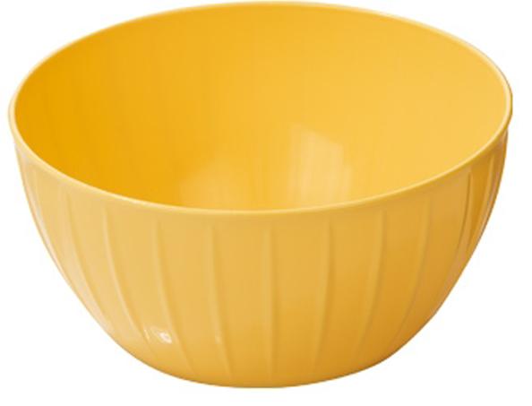 Миска Tescoma Delicia, цвет: желтый, 2,5 л630361.12С линией Tescoma Delicia вам не нужно тратить время на поиск подходящих друг другу товаров - все продукты выполнены в одном стиле.Поэтому, вам не обойтись без миски для смешивания продуктов - одного из самых необходимых и функциональных видов посуды.В ней можно перемешивать и взбивать, а устойчивое дно не будет скользить по поверхности стола. Сделано из высококачественного прочного пластика, подходит для микроволновой печи и посудомоечной машиной. Гарантия 3 года.